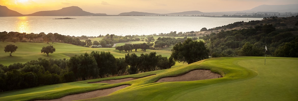 costa-navarino-homepage-website-1